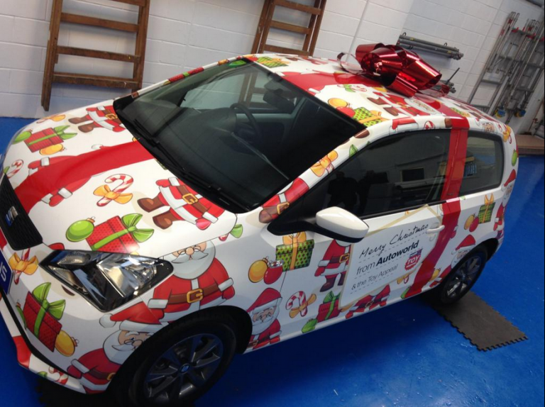 Seat-Mii-Christmas-car-wrap