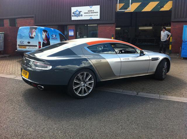 Aston-Martin-Car-Graphics