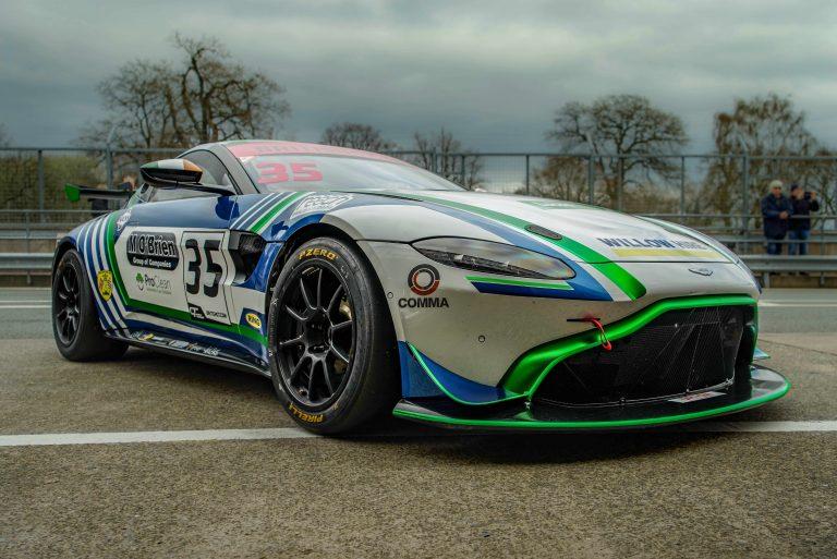 Aston-Martin-Wrap